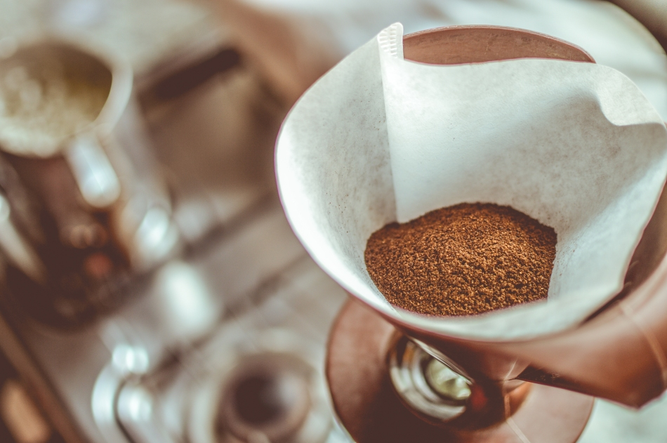 Coffee grounds filter